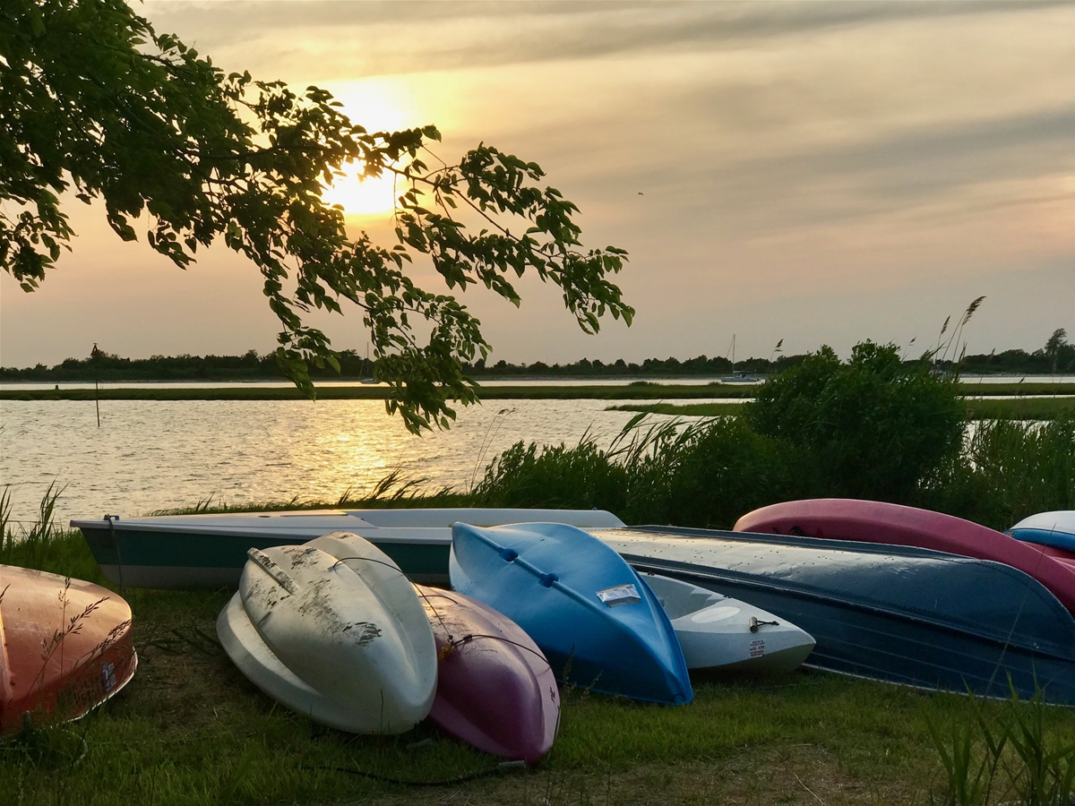 Sunset & Kayaks