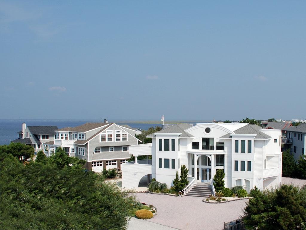 Bay Cove Paradise