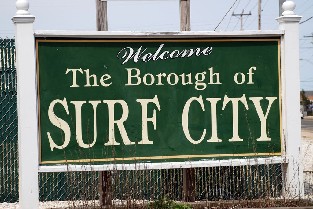 Surf City Sign