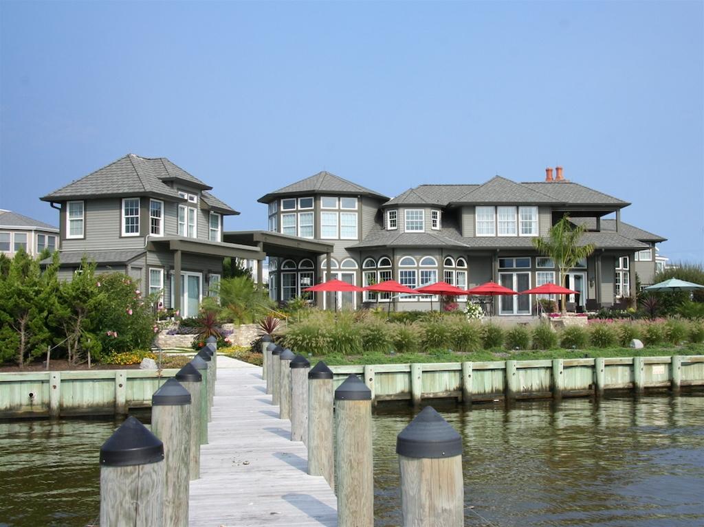 Private Bayfront Estate